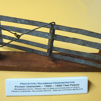 MODEL OF REVERSIBLE GATE FROM CLAREMORE, OK ESTATE