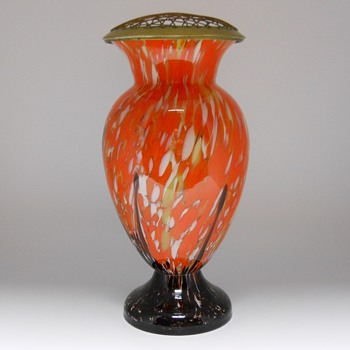 Enormous Art deco Kralik vase with Frog, Circa 1920-30