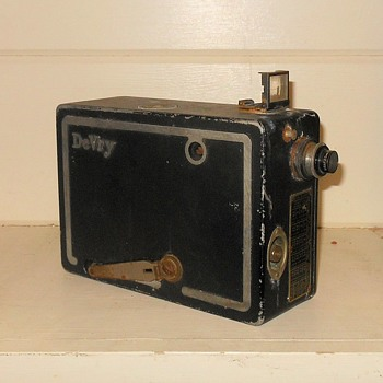 DeVry 16mm Movie Camera Circa 1930s