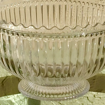 Large Ribbed & Scalloped With Beading Glass Bowl Need Help Identifying
