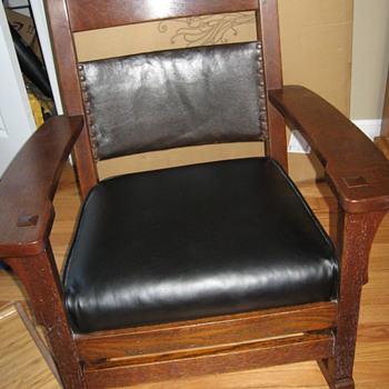 Taylor Comfort Rocking Specialists Mission Rocking Chair - Furniture