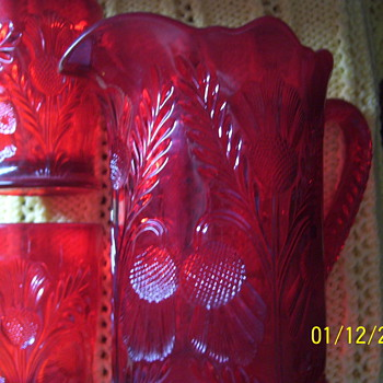 DEEP CUT RUBY RED DESIGN - Glassware