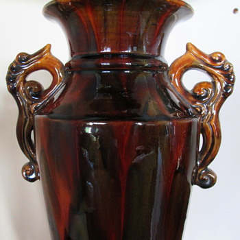 MILTON POTTERY VASE  - NEW ZEALAND  - Art Nouveau