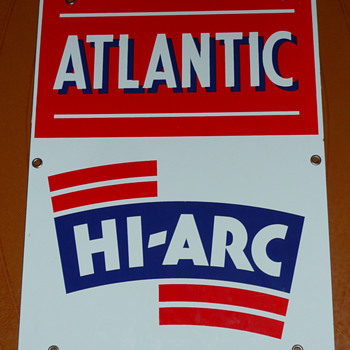 Atlantic Hi~Arc Gasoline Pump Sign - Petroliana