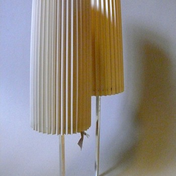 modena table lamp?
