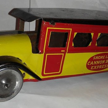 Upton Mach Company Cannon ball express bus