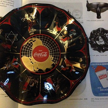 "1967 Glass ""World Dish"" / 1969 Aluminum Ashtray - Coca-Cola"