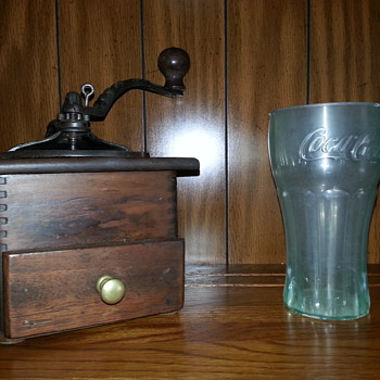 Gorgeous Coffee Grinder & A Nice Older (Plastic) Coke Cup... Many Thanks Lucas - Kitchen