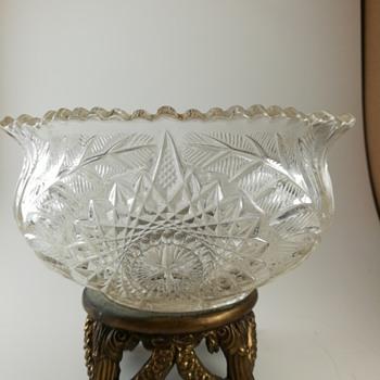Westmoreland Fern Burst EAPG bowl  - Glassware