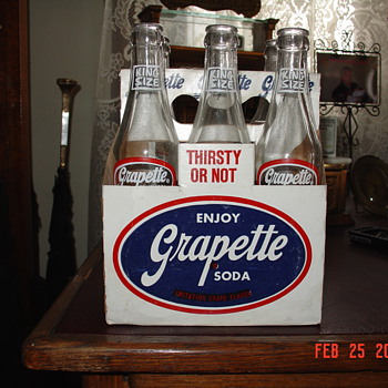 1952 Grapette Soda Bottles And Carrier