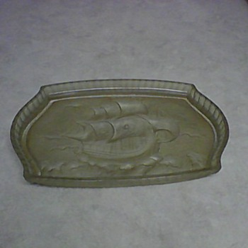 VINTAGE FROST GLASS RELISH TRAY - Glassware