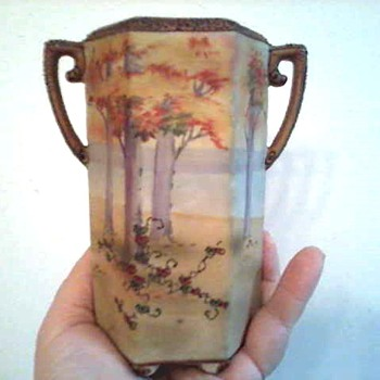 "Nippon  6"" Hexagonal Scenic Vase / Morimura Bros. Mark/ Circa 1911-1920 - Asian"