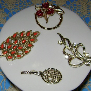 Gerry's Pins - Costume Jewelry