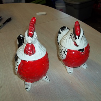 CHICKEN SALT AND PEPPER CREAM AND SUGAR SET