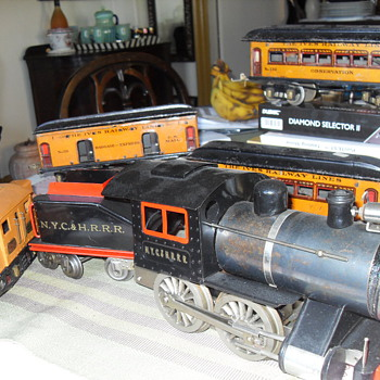 LIONEL TOY LOCOMOTIVE N.Y.C. & H.R.R.R.