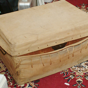 Canvas covered Trunk from China 1870s - Furniture