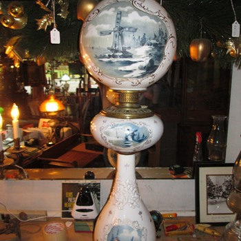 Nearly three feet tall Banquet lamp