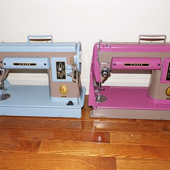 Two-tone Singer model 301 - Sewing