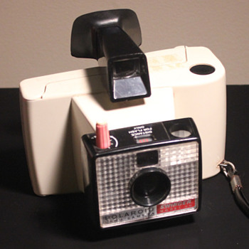 Polaroid Swinger Model 20 - Cameras