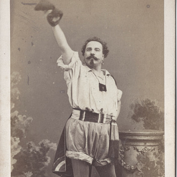 Tenor Louis Guéymard CDV by Disdéri of Paris, France