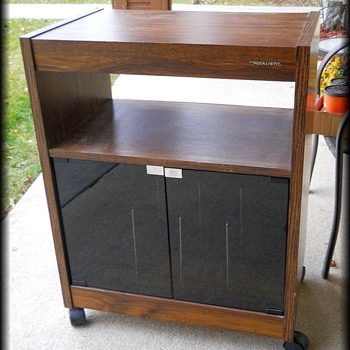 Vintage - REALISTIC ( Radio Shack ) Wood Record Stand Cabinet - Furniture