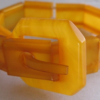 Bakelite buckle bracelet - Costume Jewelry