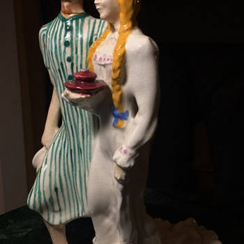 1940 Brayton Laguna Figurines - a Couple in Pyjamas?! - Pottery