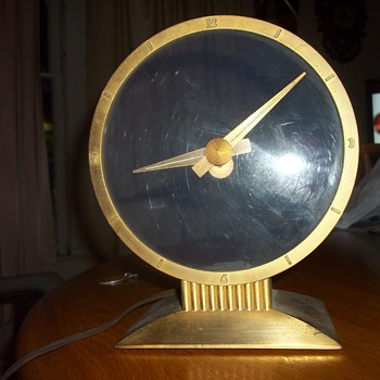 VINTAGE ELECTRIC CLOCK - Clocks