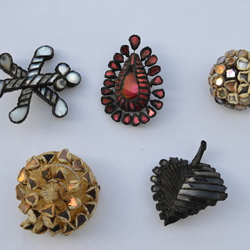 Line Vautrin Pins / Brooches