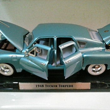 "1948 Tucker Torpedo in ""Waltz Blue"" /Diecast Metal 1/18 Scale Model /Circa 20th-21st Century"