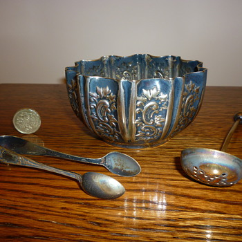 Antique British silver sugar bowl and spoons - Sterling Silver
