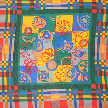Recently purchased scarf - is it a genuine Hermes scarf