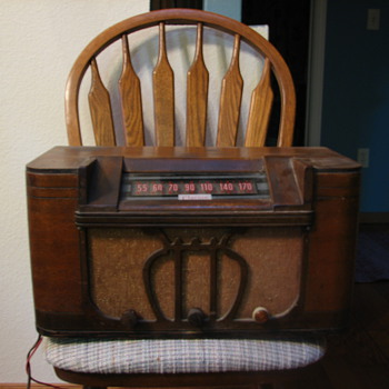 Clarion Wood Radio - Need Decade Manufactured - Radios