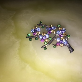 Branch brooch - Costume Jewelry