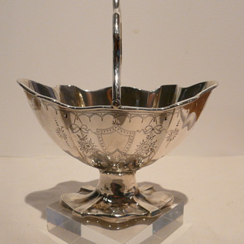 SILVER SUGAR BASKET/BON BON DISH