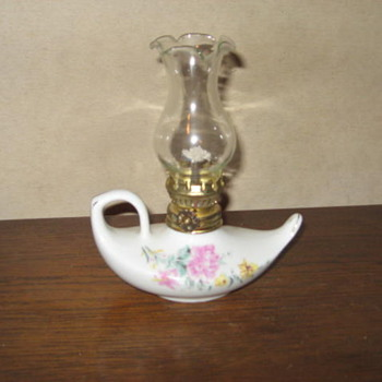 Small Alladin oil lamp from Japan