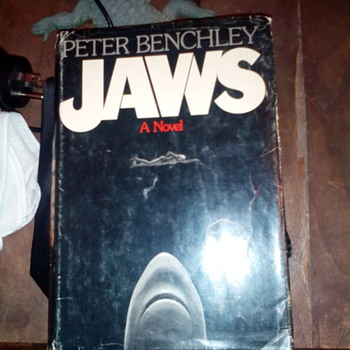 "1974 ""JAWS"" A Novel ~ By Peter Benchley ~ 1st Edition - Books"