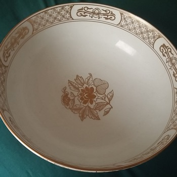 handpainted gold imari bowl - Asian