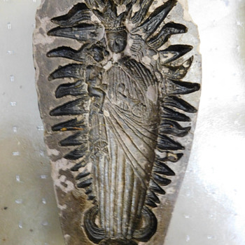 Is this a Springerle Mold?  Religious Madonna Holding Baby / Christ - Fine Jewelry