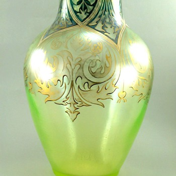 Large Fritz Heckert Vase c. 1900 - Art Glass