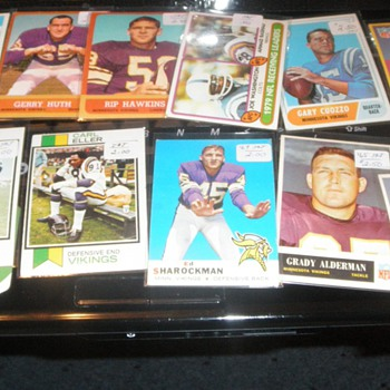 Viking Football cards