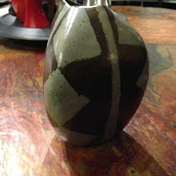 Mid Century Mod Vase? - Art Pottery