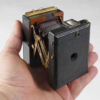 Vest Pocket Format Monroe Camera, c.1898 - Cameras