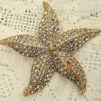 Vintage Signed Coro Starfish Brooch