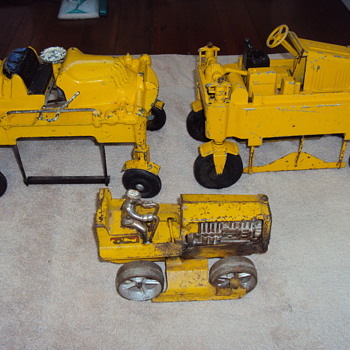 Old Cast Iron Toys