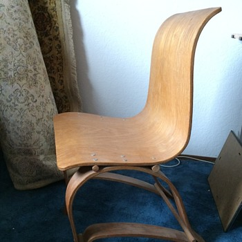 The case of the baffling bentwood chair