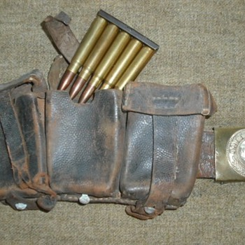 WWI German Ammo Pouch and Belt - Military and Wartime