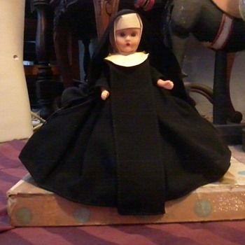 Nancy Ann Storybook Doll, Nun, circa 1930's or 40's ?? - Dolls