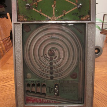 1931 Countertop 1 cent baseball game. - Coin Operated