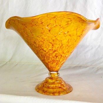 Unknown Czech vase -  Anomaly A - C